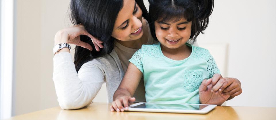 Ecrans jeunes enfants television ordinateur tablette